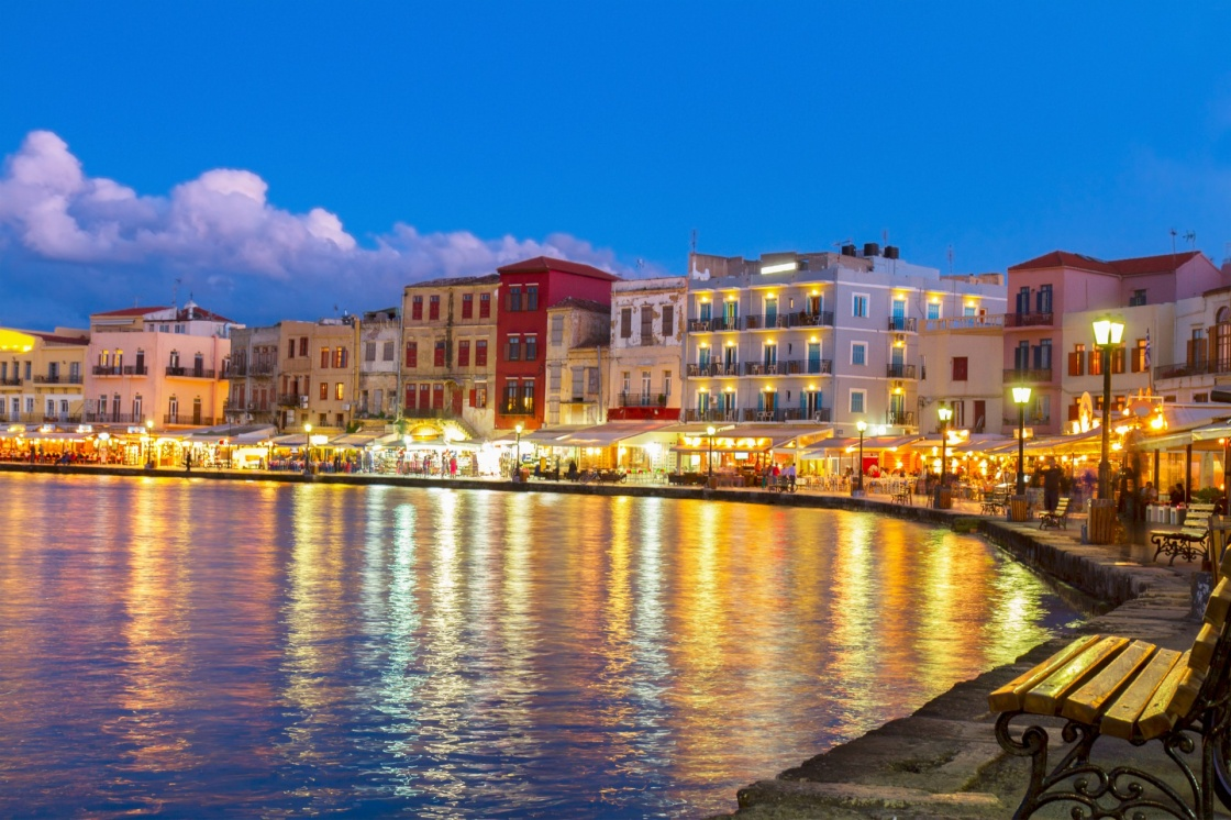 'illuminated venetian habour of Chania  at night, Crete, Greece' - Χανιά