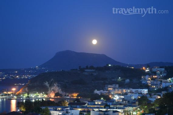 'Fullmoon - View from Erodios Apartments' - Χανιά